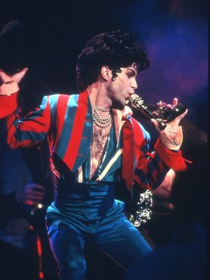 In Memoriam: Prince's Most Iconic Onstage Looks