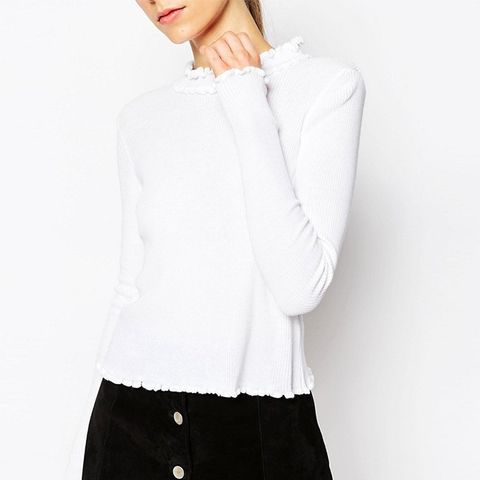 Jumper in Rib With Ruffle Neck
