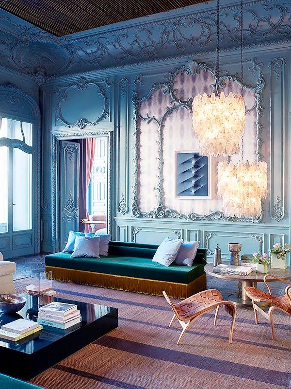 inside the decadent home of a high end fashion designer mydomaine au. Black Bedroom Furniture Sets. Home Design Ideas