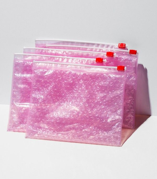 Glossier 5 Pink Pouches