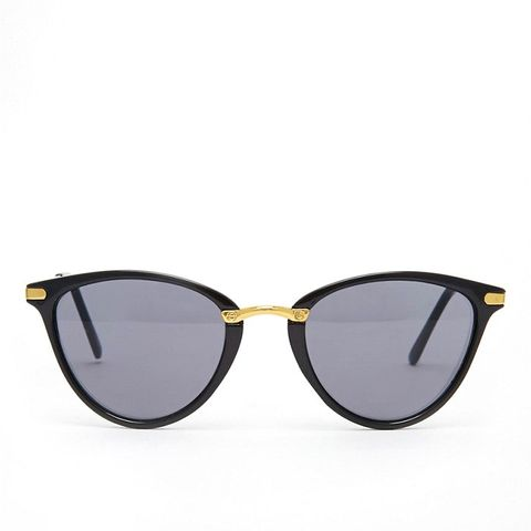 Oval Cat Eye Sunglasses With Metal Nose Bridge