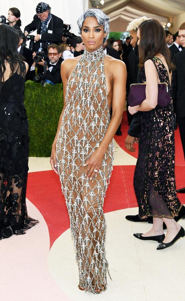 WHO: Ciara WEAR: H&M gown.