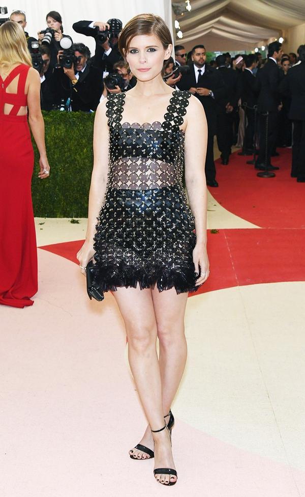 WHO: Kate Mara WEAR: Paco Rabanne dress; Francesco Russo heels.