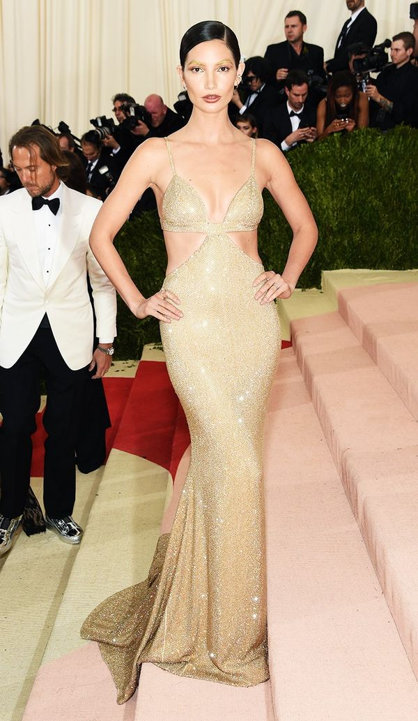 WHO: Lily Aldridge WEAR: Michael Kors gown; Ana Khouri jewels.