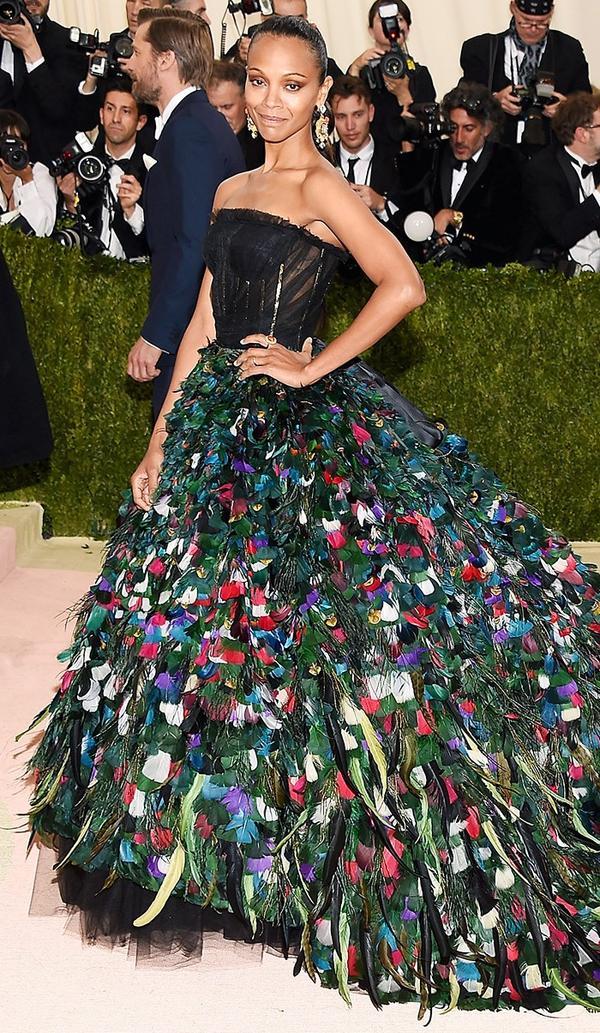 WHO: Zoe Saldana WEAR: Dolce & Gabanna gown; Christian Louboutin heels.