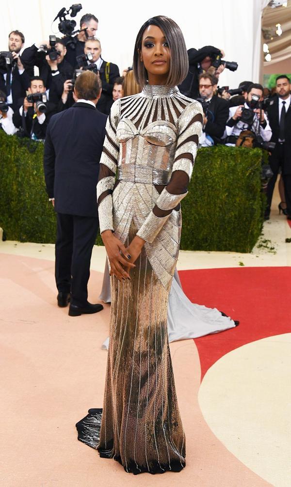 WHO: Jourdan Dunn WEAR: Balmain gown.
