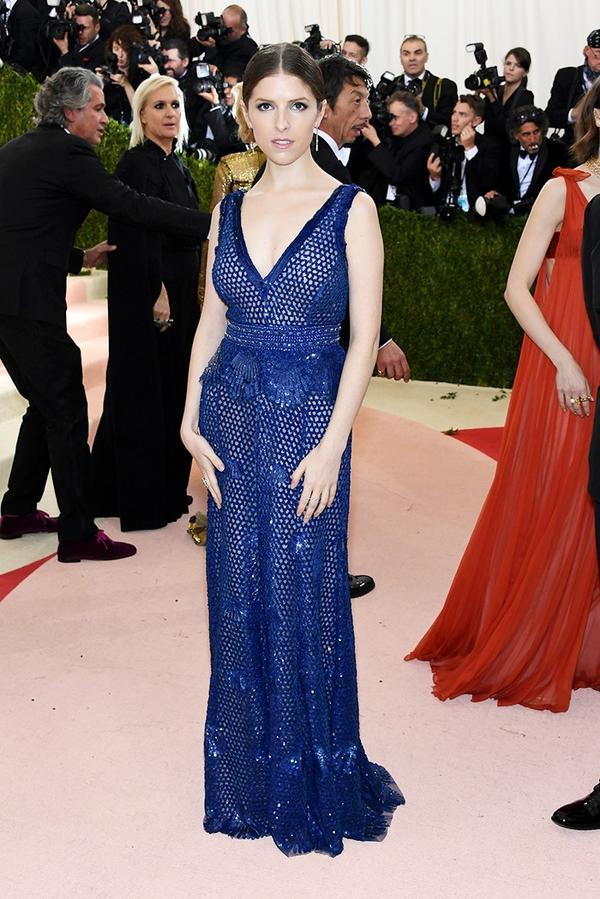 WHO: Anna Kendrick WEAR: Derek Lam gown.