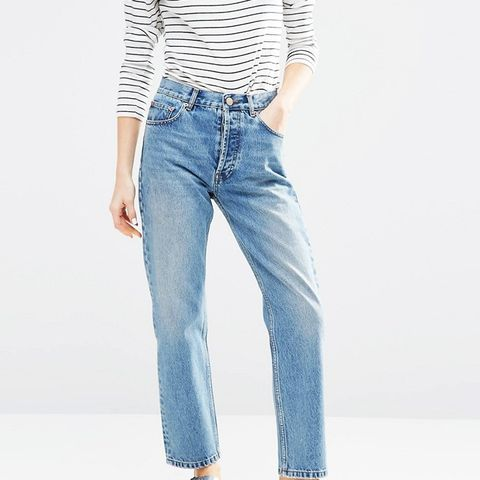 Authentic Straight Leg in Oxford Wash