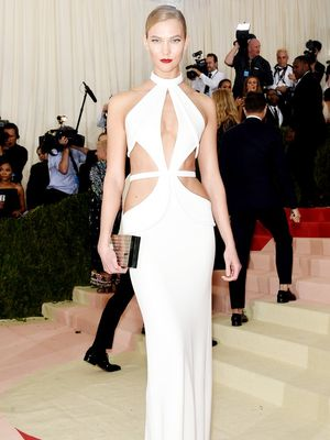 This Video of Karlie's Met Gala Gown Being Slashed Is Oddly Thrilling
