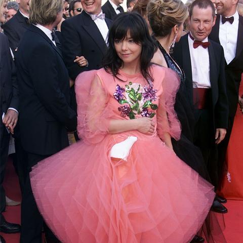 Cannes Film Festival Red Carpet Vintage: Bjork in 2000
