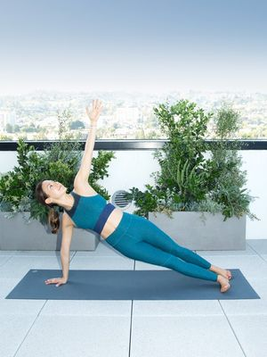 Fit GIF: 3 ModelFit Moves to Elongate and Tone Your Entire Body