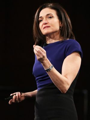 Sheryl Sandberg Has a Powerful Message for Single Mothers