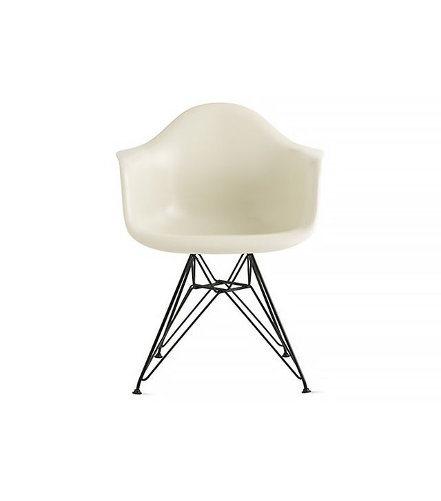 Eames Molded Fiberglass Wire-Base Armchair