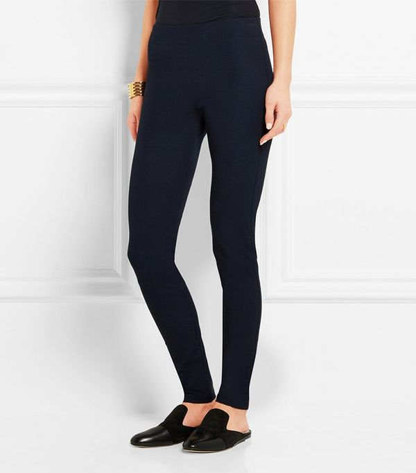 The Most Flattering Leggings For Your Body Type For those five four and under with a slight frame, a slim-fit crop will give your legs definition and hit just above the ankle so you're not drowning in fabric.