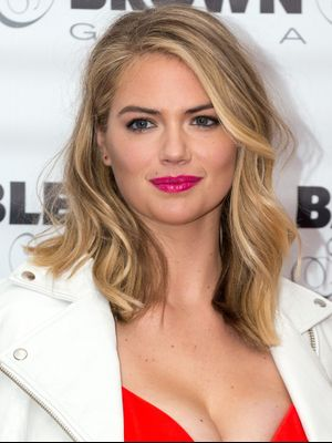 Get an Up-Close Look at Just How Big Kate Upton's Engagement Ring Is