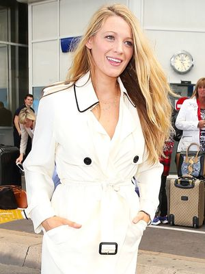 5 Stellar Airport Outfit Ideas From Celebrities Arriving at Cannes