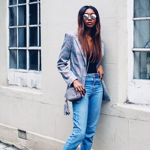 weekend outfit ideas: checked blazer + jeans + flats