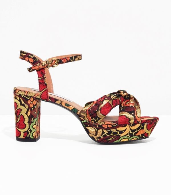 Weekend Outfit Ideas: & Other Stories Platform Sandals