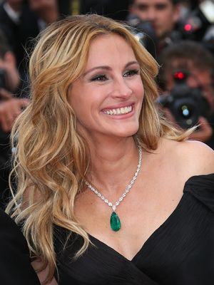 No Shoes, No Problem: Julia Roberts Walks Cannes Red Carpet Barefoot