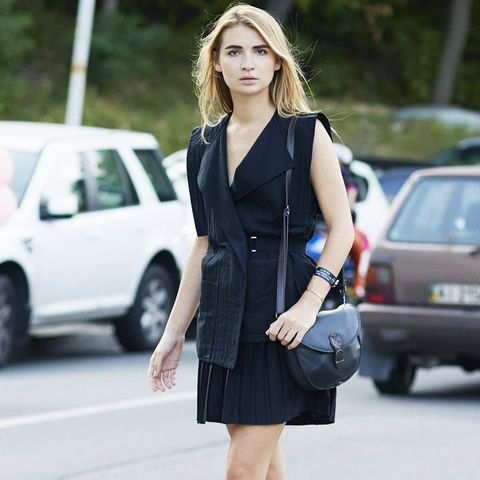 How to Wear Black In Summer: Keep lengths short and sweet.