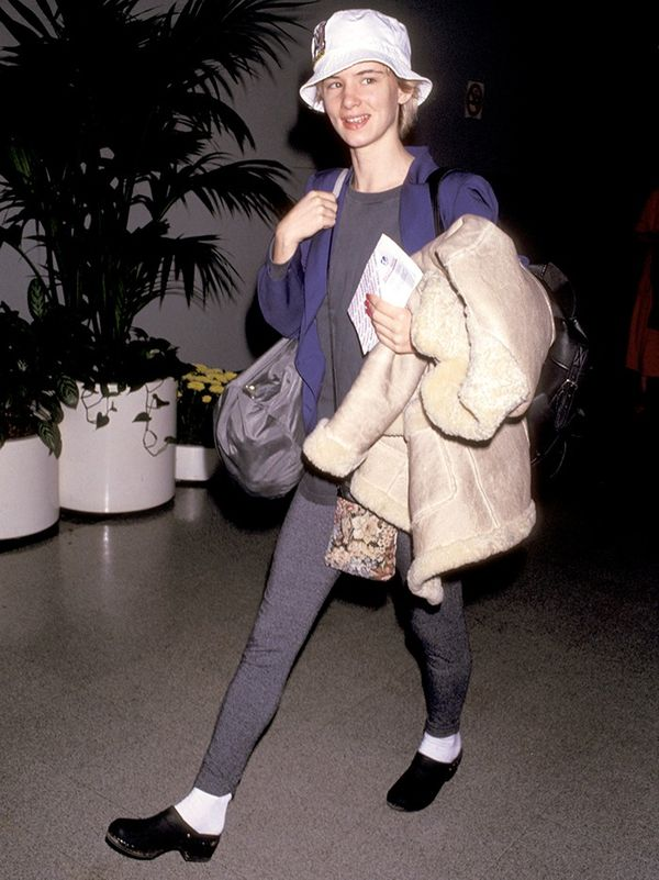 From the bucket hatto the clogs, Juliette Lewis takes the cake for '90s airport style.