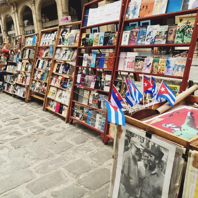 Grab a New Read at the Plaza de Armas