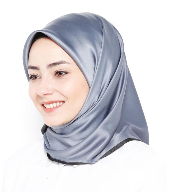 Modanisa Muslim Fashion: Karaca Eşarp Grey Scarf