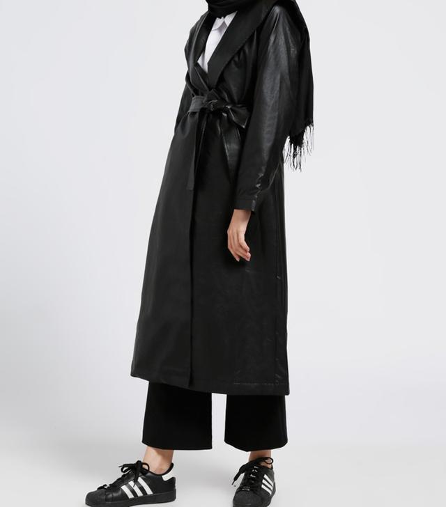 Modanisa Muslim Fashion: Benin Black Topcoat