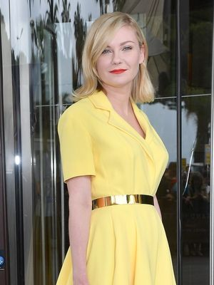 Kirsten Dunst Carried the Quintessential French-Girl Bag Style in Cannes