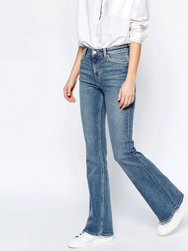 Would You Wear Flared Jeans With Sneakers? | WhoWhatWear