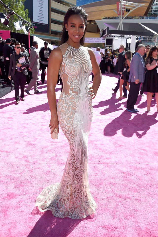 WHO: Kelly Rowland WHAT: Singer