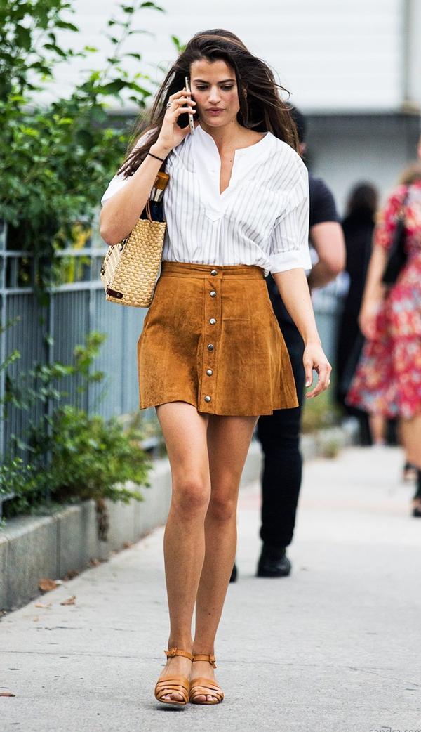 Striped Shirt + Suede Miniskirt + Neutral Sandals