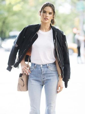 Alessandra Ambrosio Styled 2 Major Spring Trends in the Coolest Way