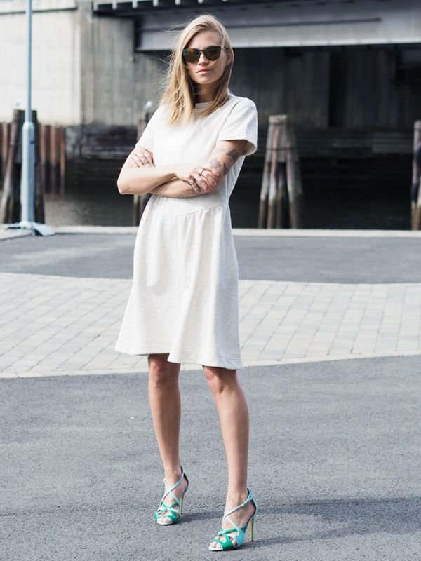 Summer Outfit Idea #3: Wear a Plain Dress With Bright Shoes