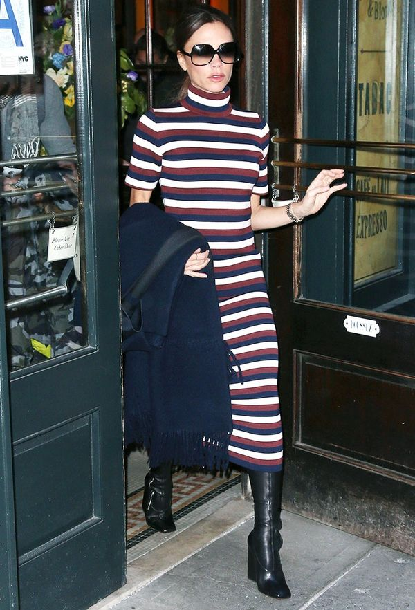 How to look taller: Victoria Beckham in a striped top and skirt