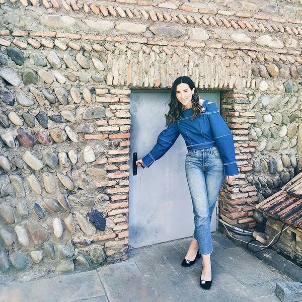 WHO: Caitlin Burke, fashion editor at Moda Operandi