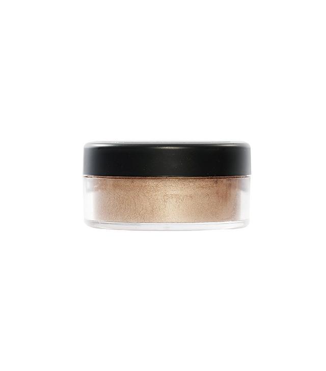 Danessa Myricks Beauty Enlight Illuminating Powder in Attraction