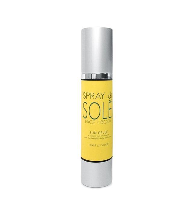Spray di Solé Sun Gelee Self Tan + Kabuki Body Brush