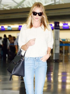 How Rosie Huntington-Whiteley Wears Summer's Biggest Denim Trend