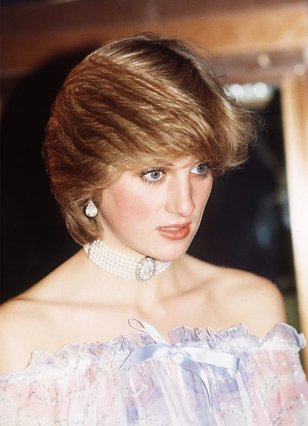 Princess Diana (seen here in the '80s) was particularly fond of chokers, pairing them with everything from suits to dresses.