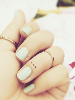 15 Tiny Tattoos You'll Want to Get Immediately