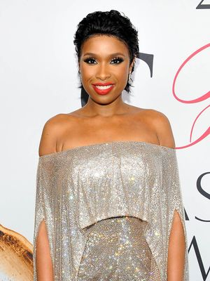 Jennifer Hudson's Red Carpet Look Took 1000 Hours to Make