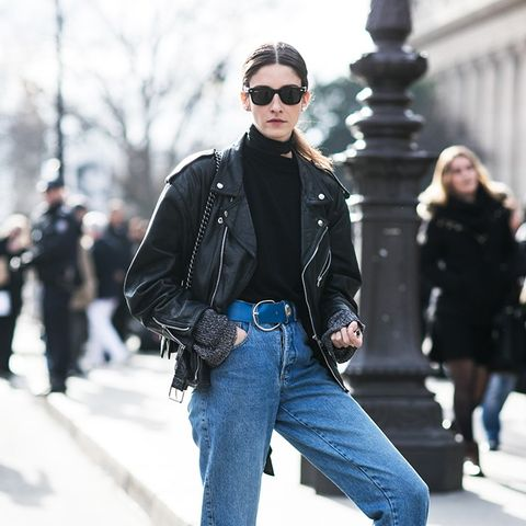 Photograph Like a Model Off-Duty: These Are the Best Poses for Fashion