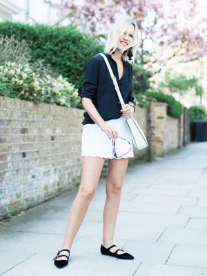 13 Ways to Wear Flat Shoes and Look Effortlessly Chic