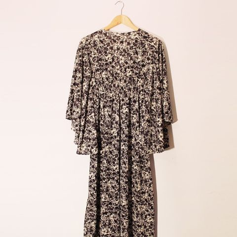Angel Dream Vintage '70s Angel Sleeves Maxi Dress