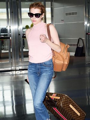 7 Summer Travel Outfits to Get You Through the Airport in Style