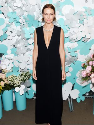 26 Lara Worthington Outfits We'll Never Forget