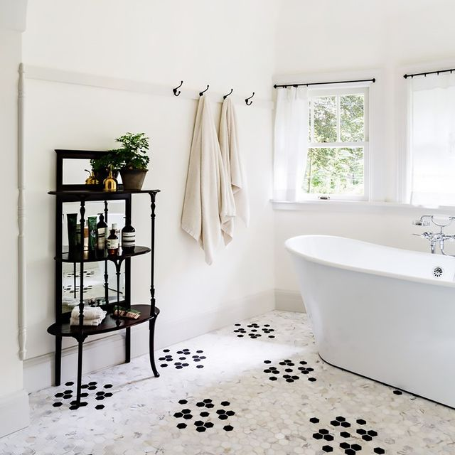 How To Renovate Your Home From Someone Who Made All The Mistakes - Renovating a bathroom on a budget