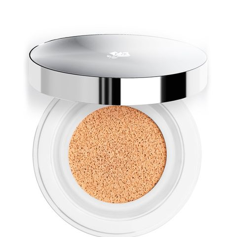 Miracle Cushion Fluid Foundation in a Compact