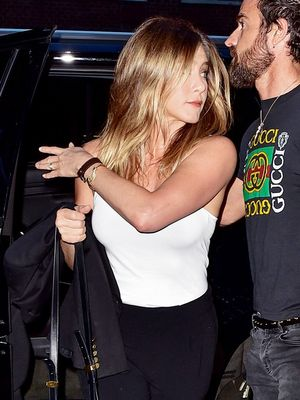 A Lesson in Easy Date-Night Dressing From Jennifer Aniston